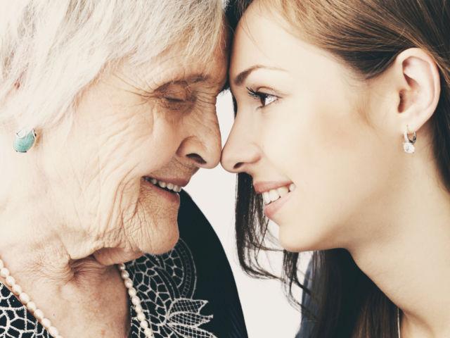 Consejos - Abuela y nieta